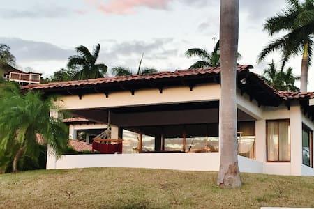 Quiet Villa in Playa Hermosa Resort Community