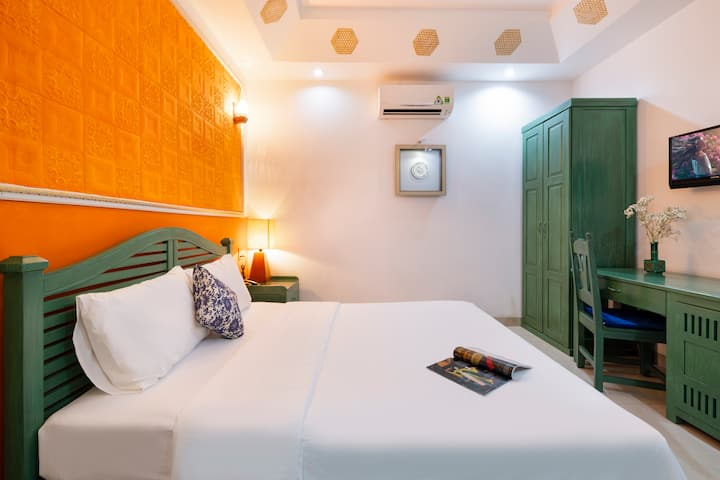 COZY ROOM IN THE HEART OF NHA TRANG