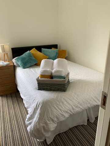 Cozy Double private room | 10 min from Cork City.