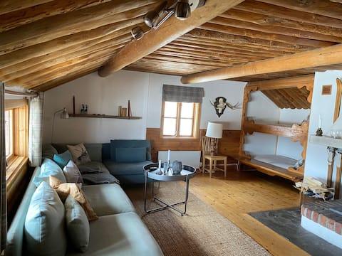 Härlig stuga med fantastisk utsikt i Härjedalen