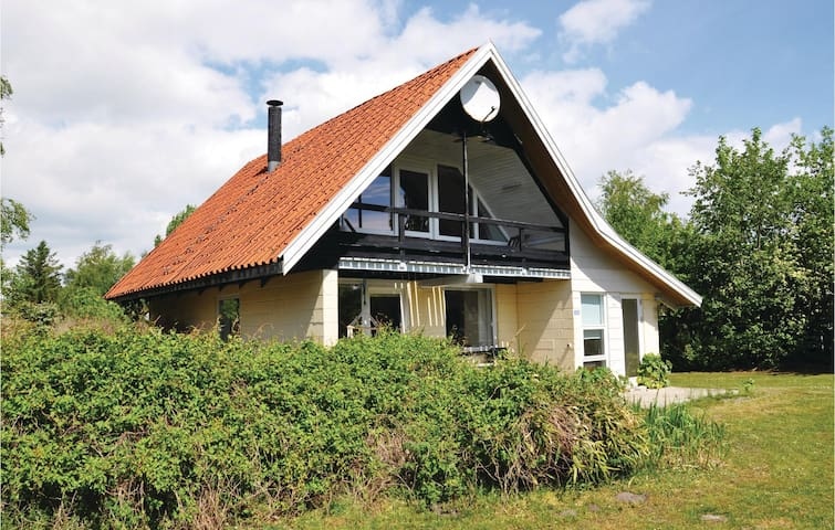 Holiday cottage with 2 bedrooms on 104 m² in Sydals