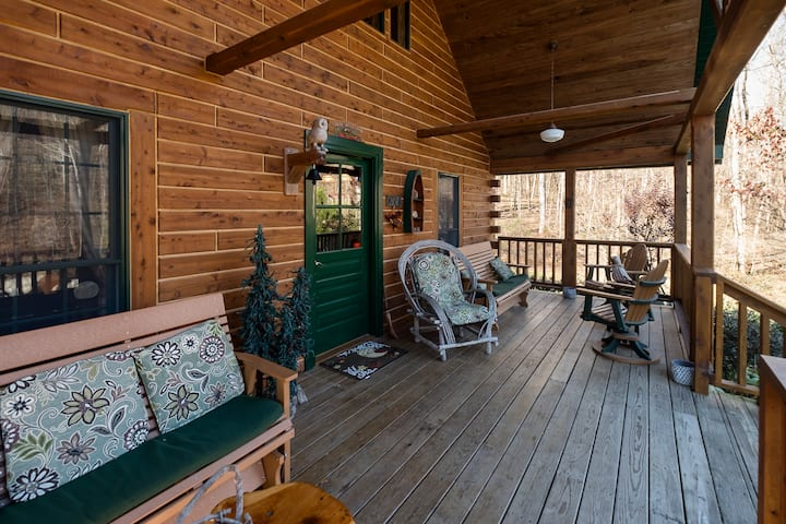 Wise Old Owl Cabin Patoka Lake French Lick Hot Tub