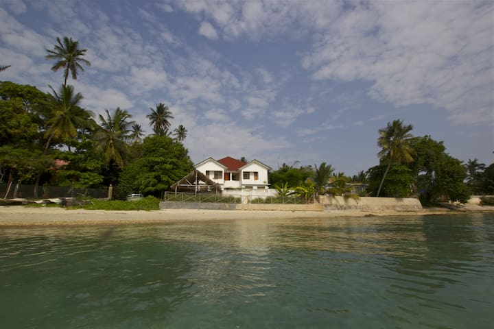 Zanzibar beach house - Cidade de Zanzibar - Casa