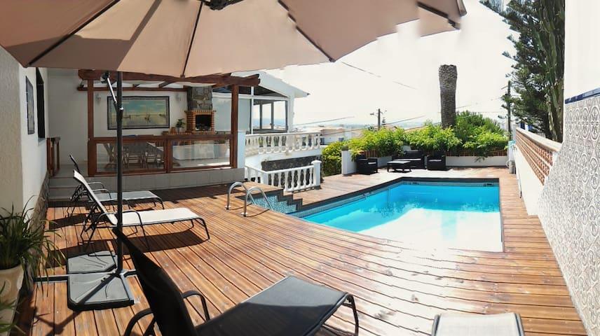 vivenda com piscina privada /S . Martinho do Porto - Leiria District - Talo