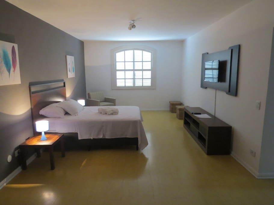 A Suíte Luxo Orange Rio é bastante confortável