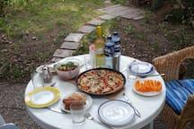 Lecker essen unter freiem Himmel