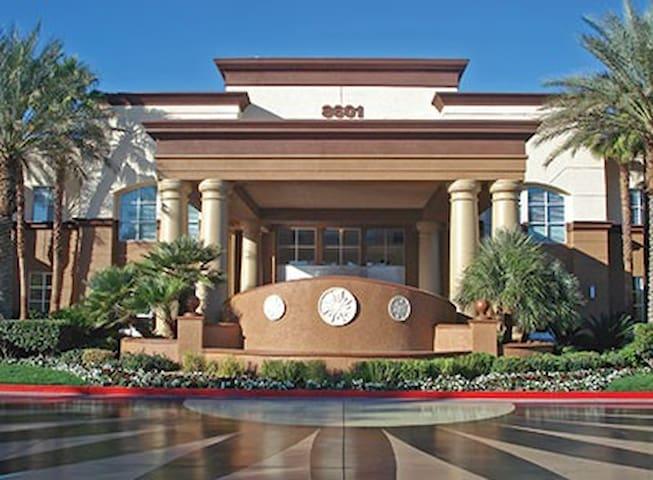WM Las Vegas 2 bdrm twin No cln fee bkd by 9-28-19