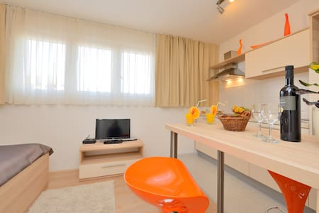 Orange Sunset Apartment - Zadar