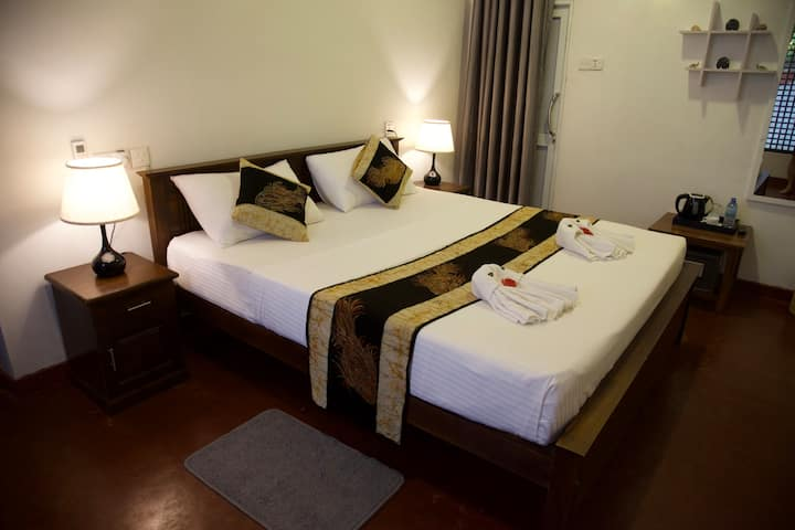 Glamour Double Room