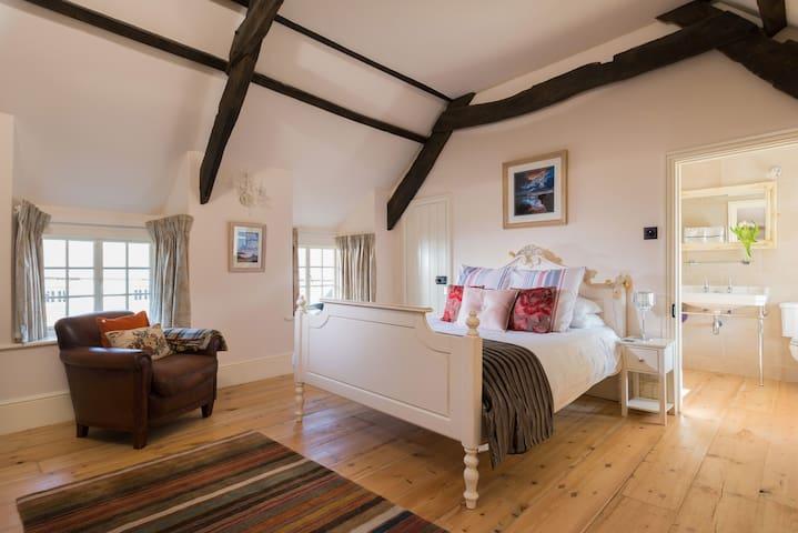 Trevigue Big Cam Room - Crackington Haven