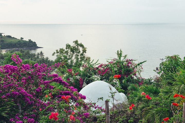 Private & cosy Dome nestled in nature, Lombok