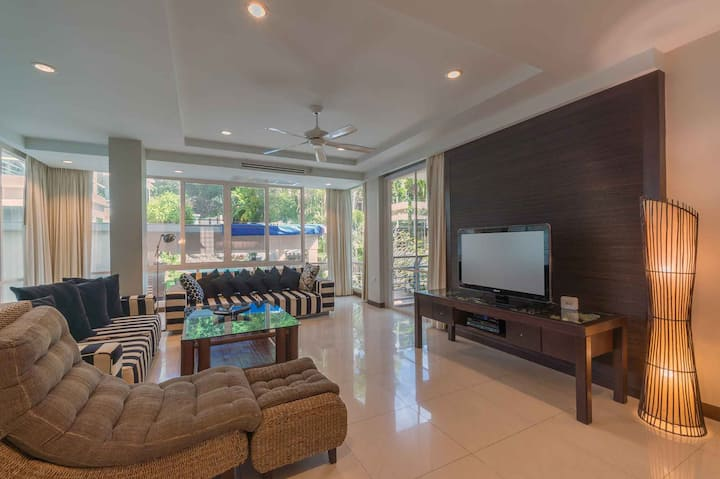 Your Wonderful Karon Beach Home from Home