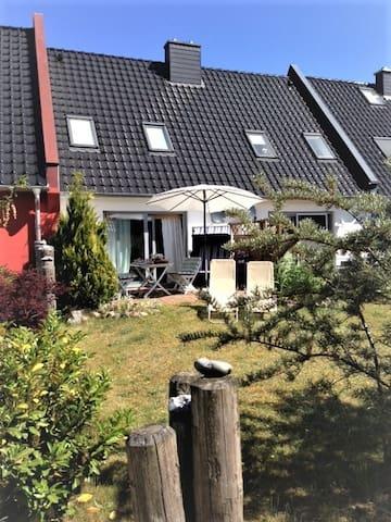 Ferienhaus am Darss - Pruchten - Casa adossada