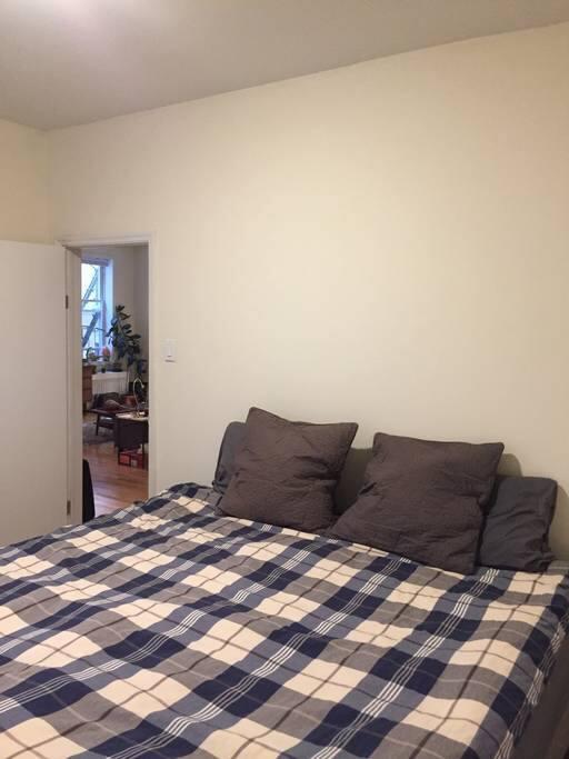 Bedroom with tempurpedic king bed
