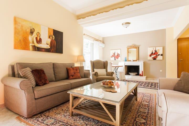 Spacious apartment in Kifisia