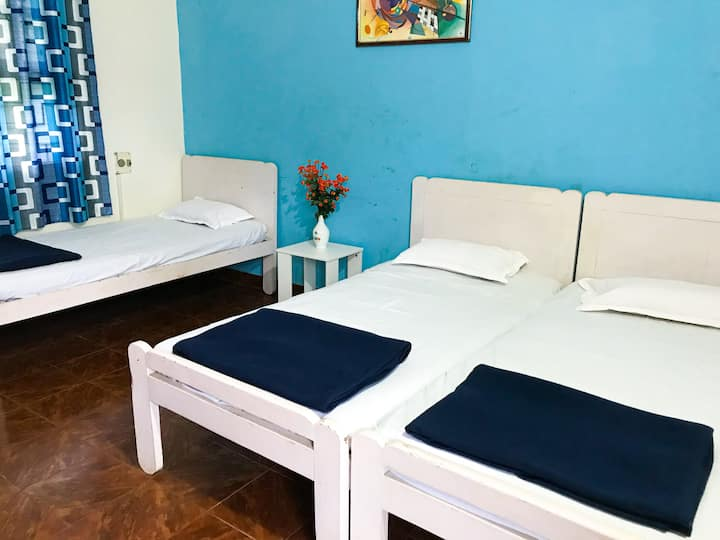 Budget family room with A/C at Candolim Beach