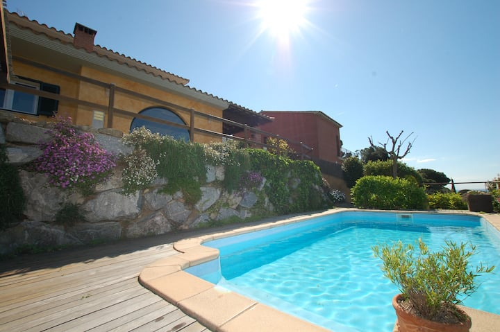 ★ CoastalVillas - Villa Sunset ★ French chic villa