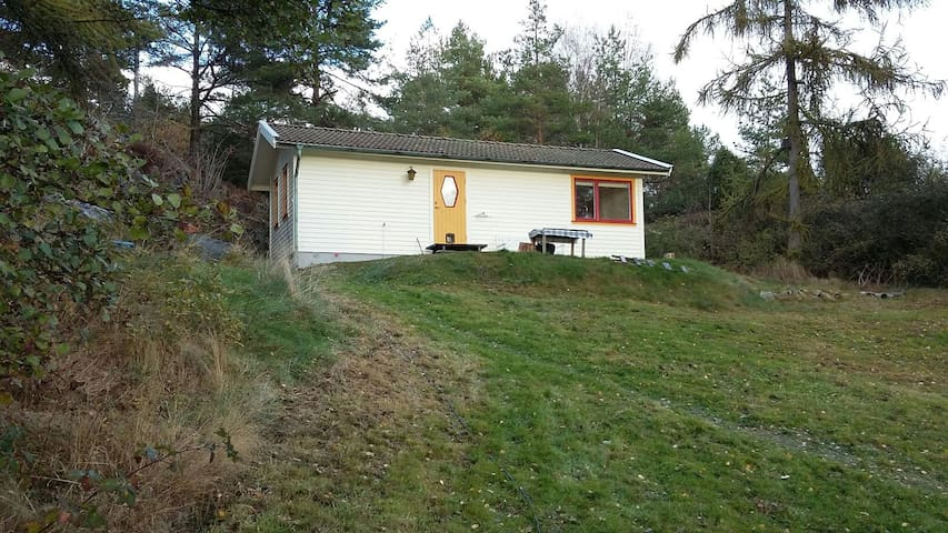 Countryside cottage close to the sea - Dalen - Talo