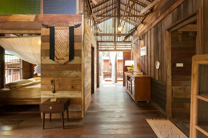 Baan Sri Dha - Luxury 3Bed in Town - Hai Ya - House