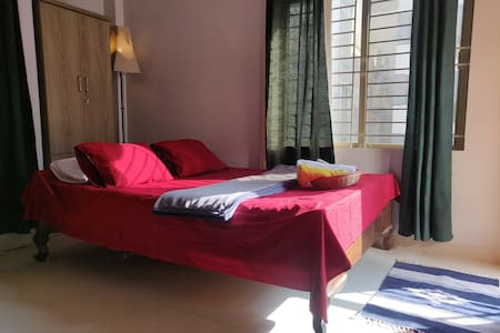 ✽ Elegant En-suite+AC+Airport+WiFi near Gulshan