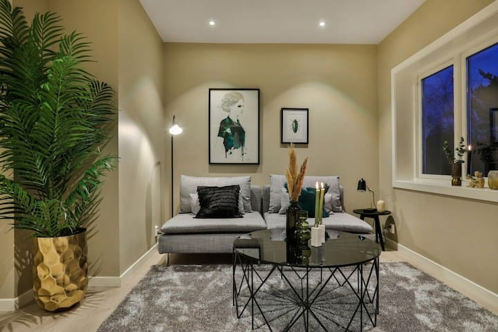 Beautiful apartment in a calm & central area!