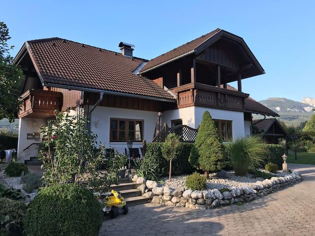 Ferienhaus in Bad Goisern für 1 bis 7 Personen