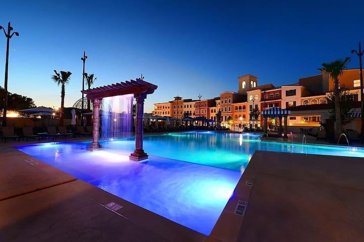 Six Flags/La Cantera Luxury Apartment - San Antonio - Daire