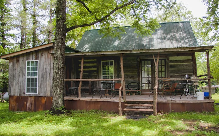 Moonshine Runners Cabin
