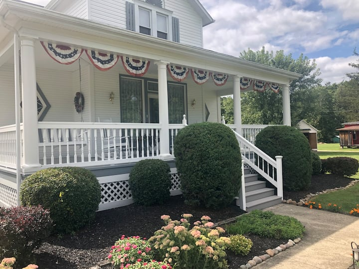 2 Bed/2 Bath - Fallingwater/8 Minutes to Ohiopyle