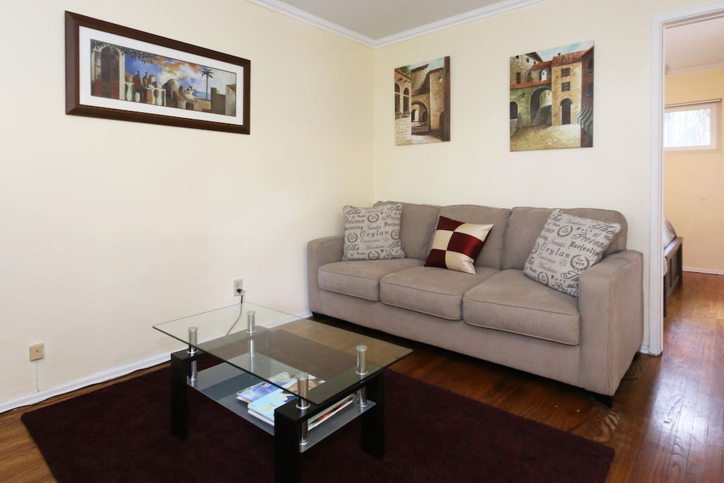 1 Bedroom Apt: Elegant/Contemporary Spanish Style