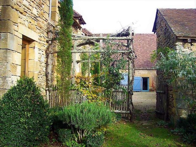 les Fargues - Les Eyzies-de-Tayac-Sireuil - House