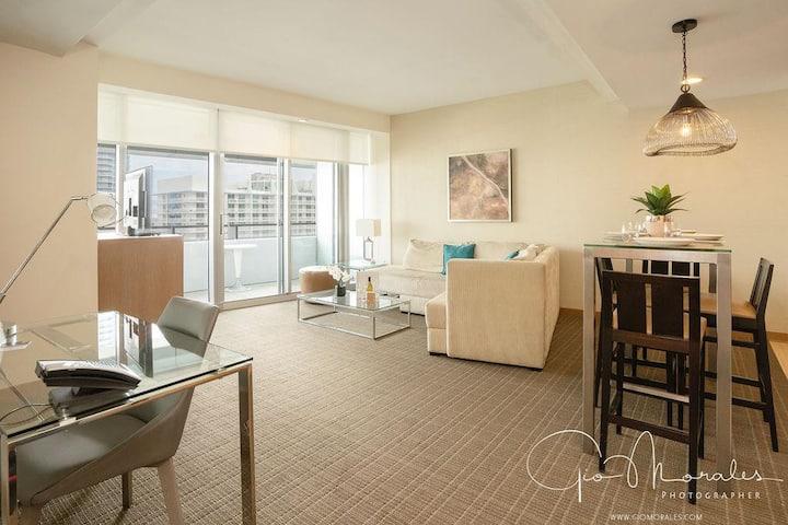 ★ CONRAD MIAMI BRICKELL LUX 28th FLOOR BAYVIEW 1 Bedroom Condo @FREE PARKING by Rosval