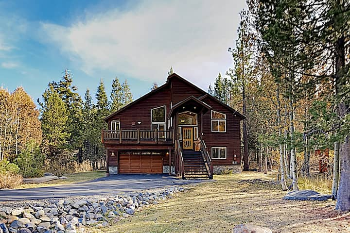 New Listing! Alder Creek Retreat, Near Slopes