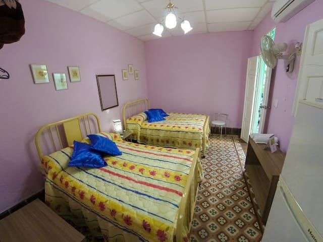 Vista interior del cuarto