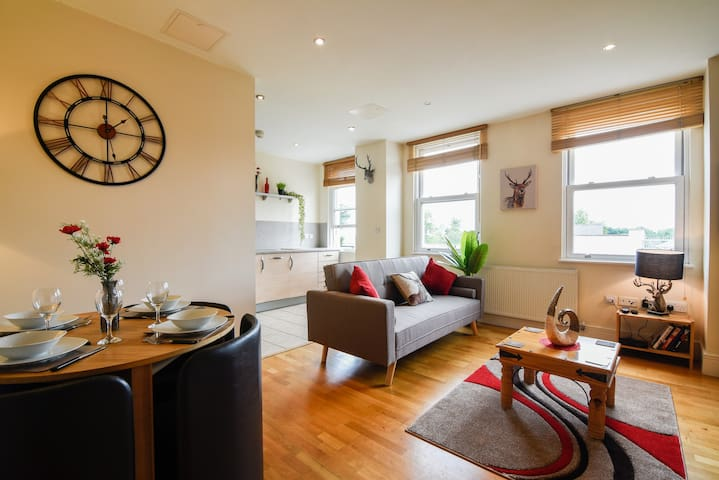 Ropewalk 2 Bedroom Apartment, Stylish&Spacious