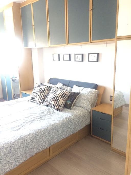 Dormitorio doble / Double bedroom