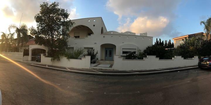 Villa Megadim - Family House in Megadim