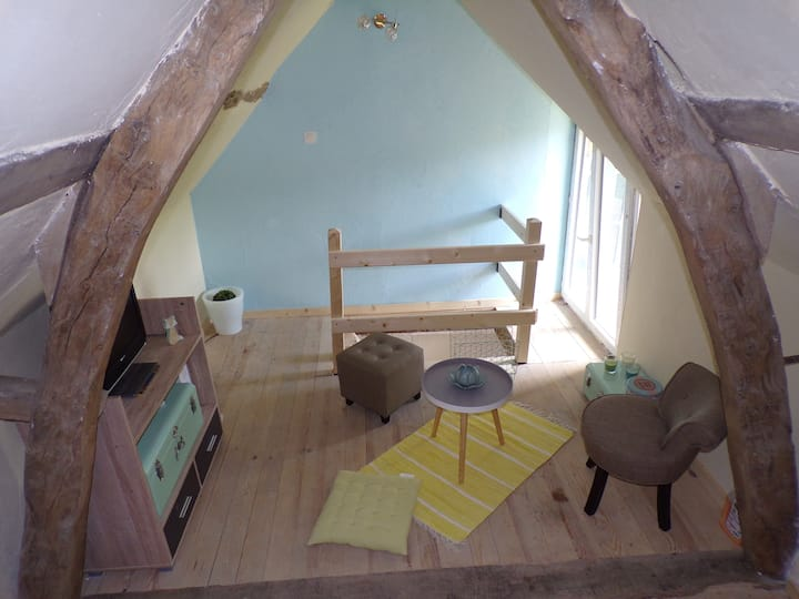 Chambre meublée en duplex