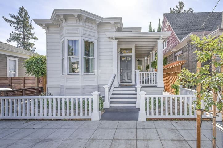 Fully restored historical home in the heart of downtown Napa!
