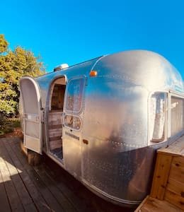 1968 Airstream  Dreams ✨Beach Access✨