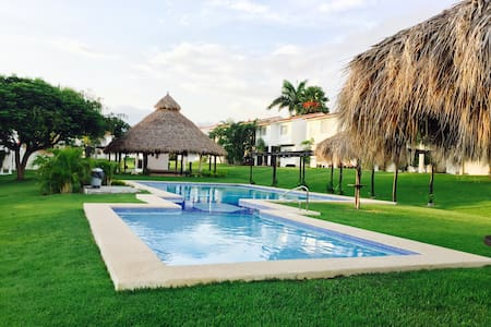 Casa Aaru - La Cruz de Huanacaxtle - Haus