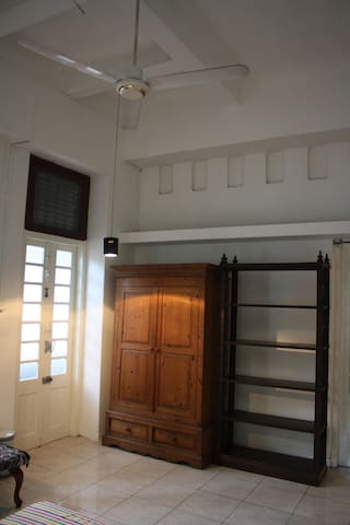 Private Room in Central Colombo - Colombo - Byt