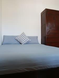 李寓。恒春的家-背包客栈(1人住宿) 位于恒春镇 离垦丁只要15分钟-和室 - Hengchun Township - House