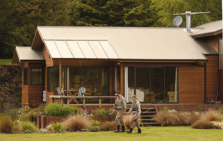 Tongariro Lodge Villas - Turangi - 別荘