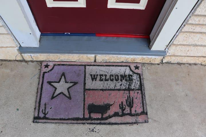 Lone Star Room - Hotel Kitsmiller - Fredericksburg - Leilighet