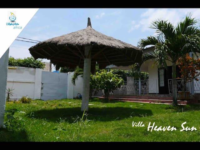 Villa Basse à 10 min de la plage proche commodité