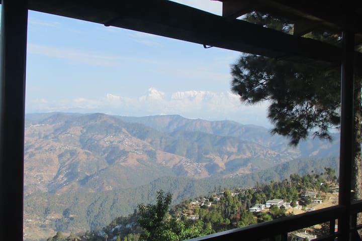 Kasar Himalayan Holiday Home - Kasardevi Almora - Apartment