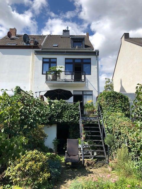 Designer-Dachgeschoß in privatem Stadthaus