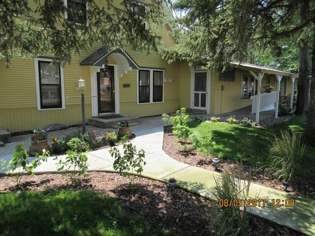 5 Bedroom Lodge close to Lake McConaughy