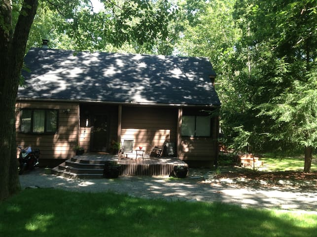 Mountain home in Pocono area - Cresco - House